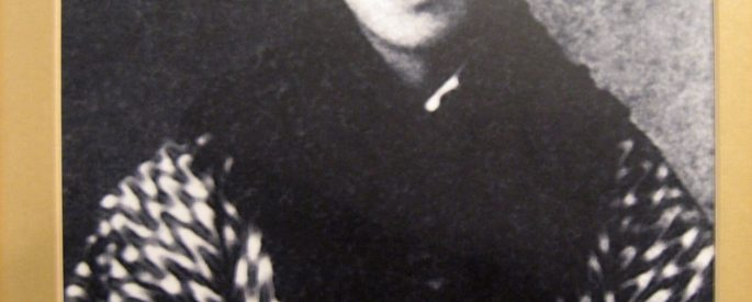 black and white photograph of Qui Jin