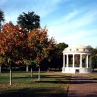 photo of the gazebo in the Boston Common during the autumn