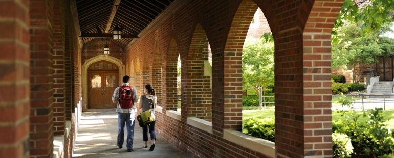 students-walking-on-campus