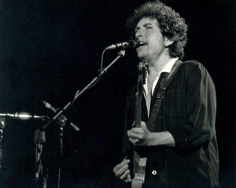 Round Up_Bob Dylan