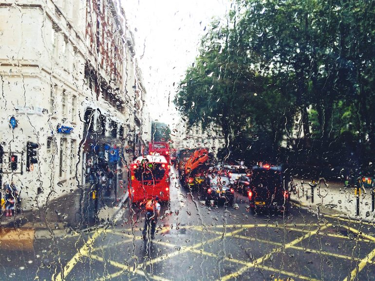 rainy-street-london