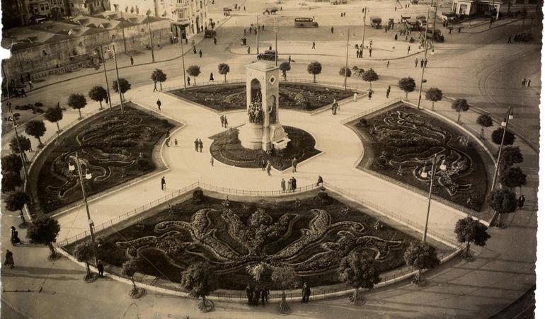 Taksim-Square-1930s
