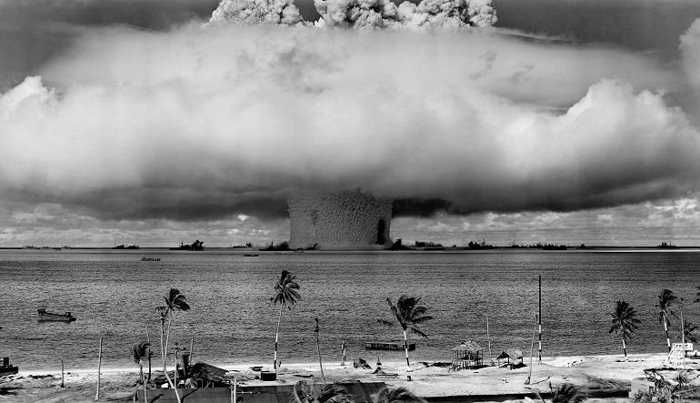 atom bomb mushroom cloud, Bikini Atoll