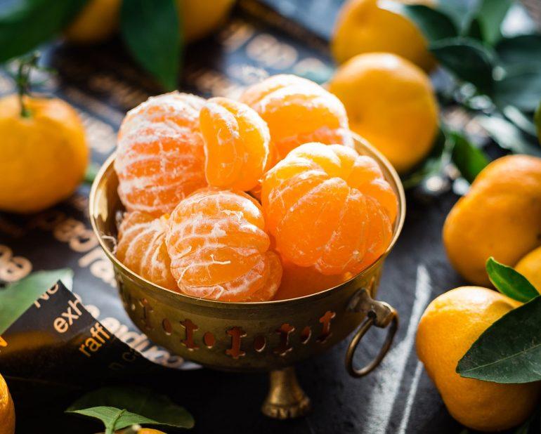 Bowl of mandarin oranges