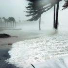 Hurricane making landfall at the Gulf Coast.